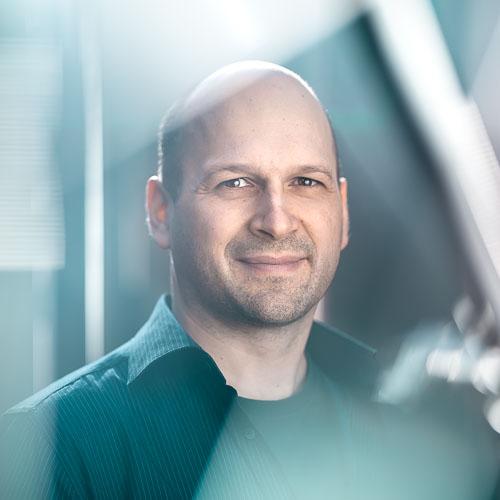 Markus Mutanen  Producer/CEO +358 50 581 1345  markus@smak.fi