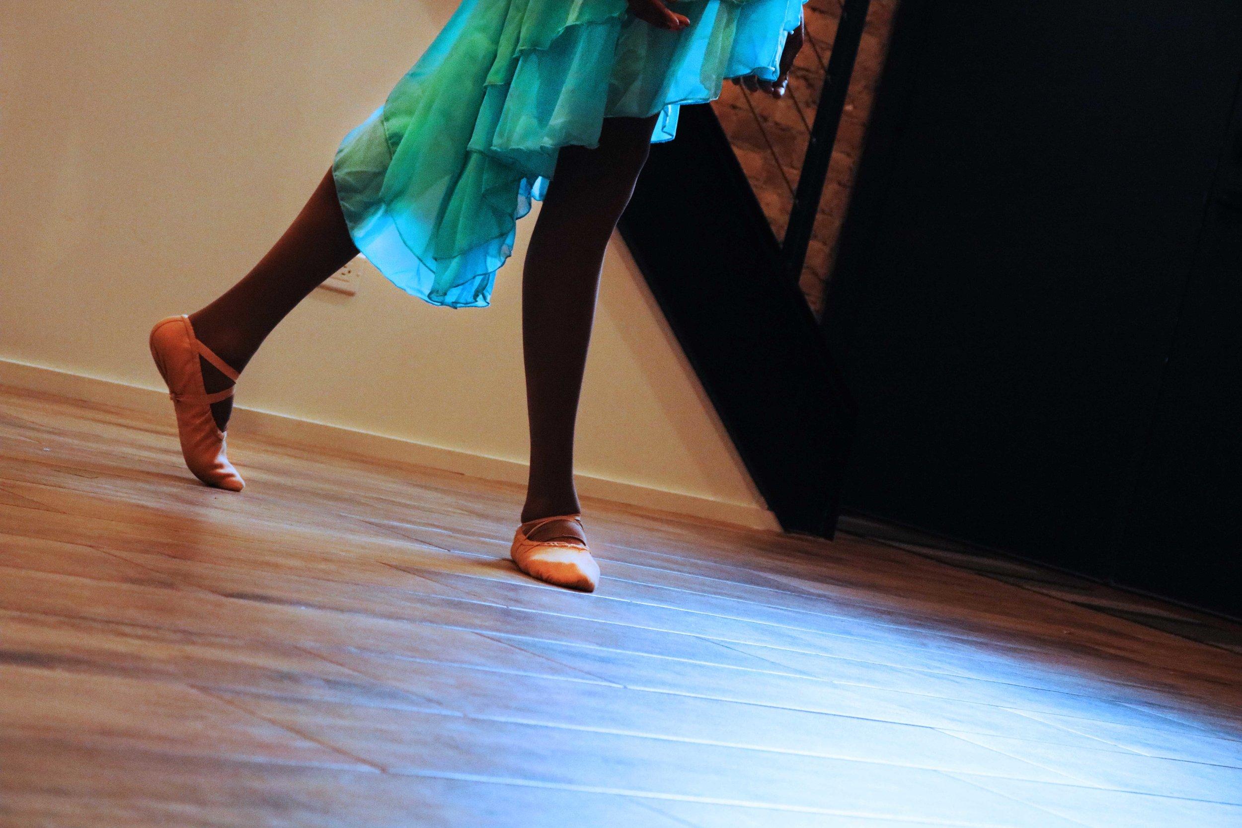 light feet