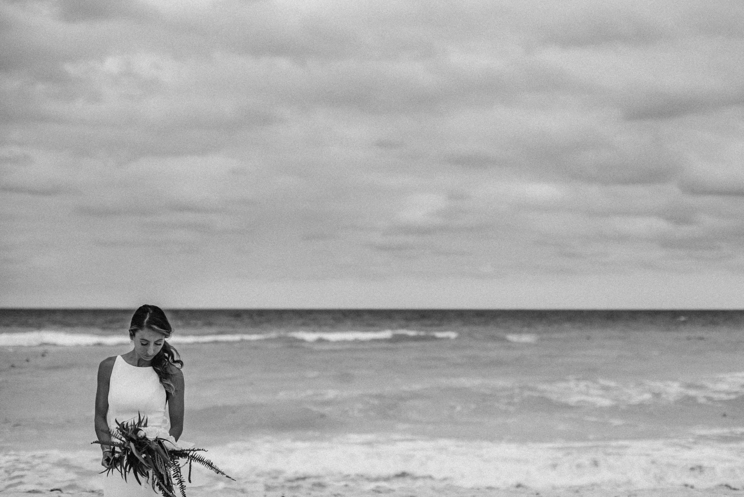 sayulita_mexico_wedding_bride-1.jpg