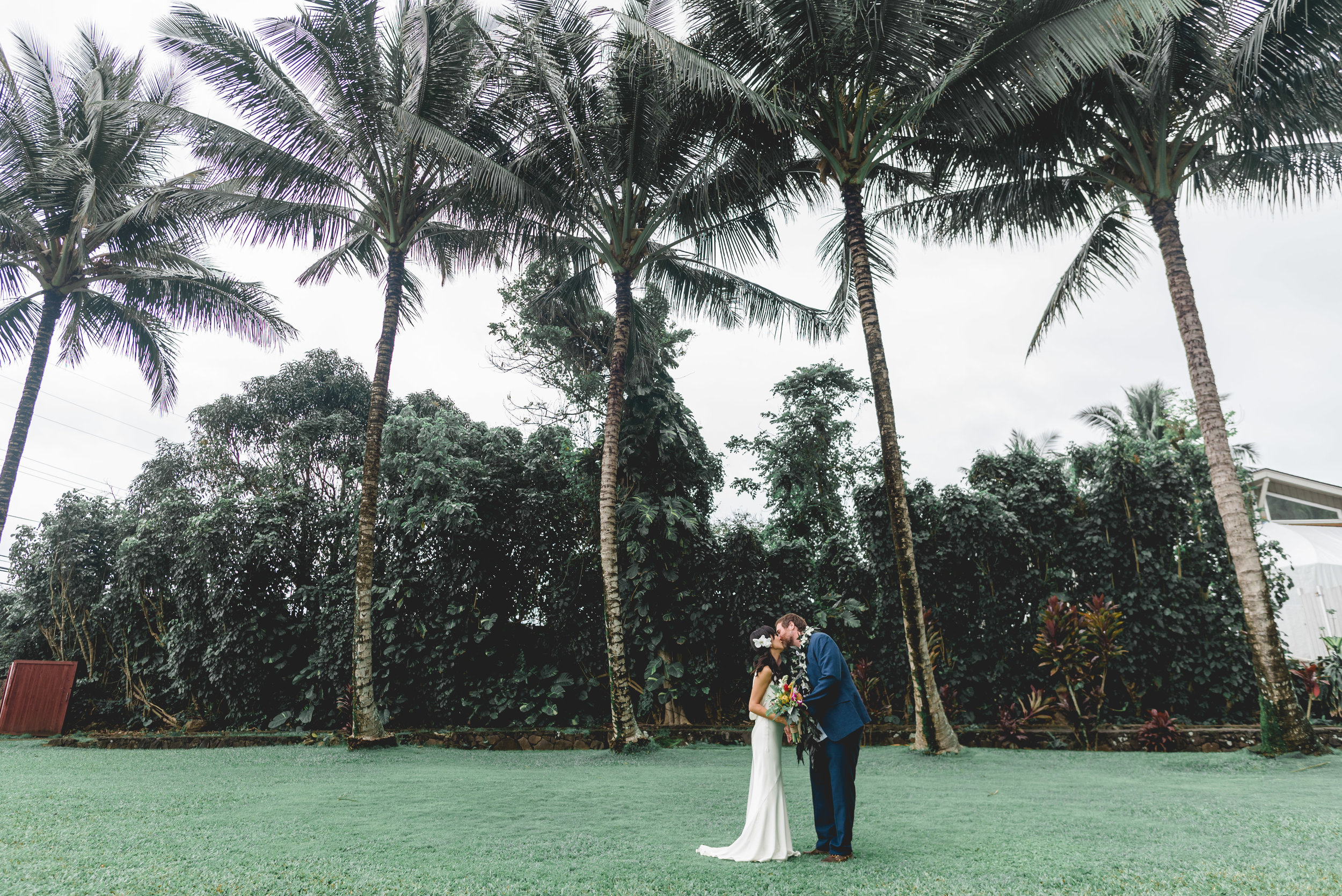 burns_deruntz-wedding-couple-51.jpg