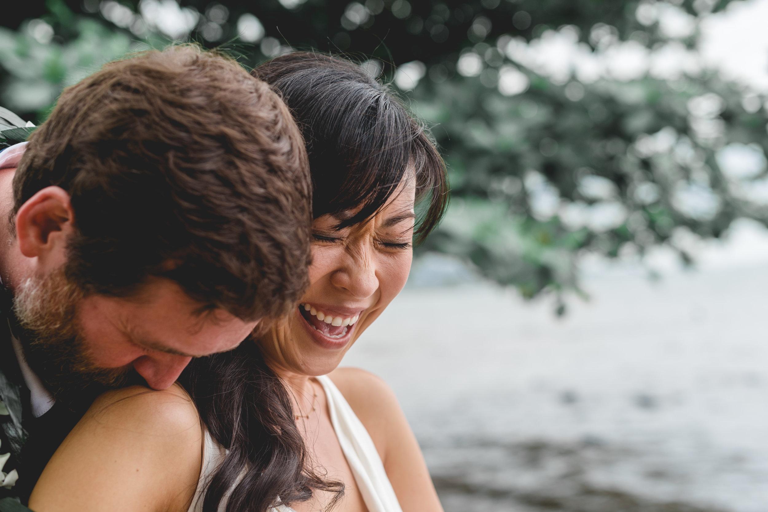 burns_deruntz-wedding-couple-105.jpg