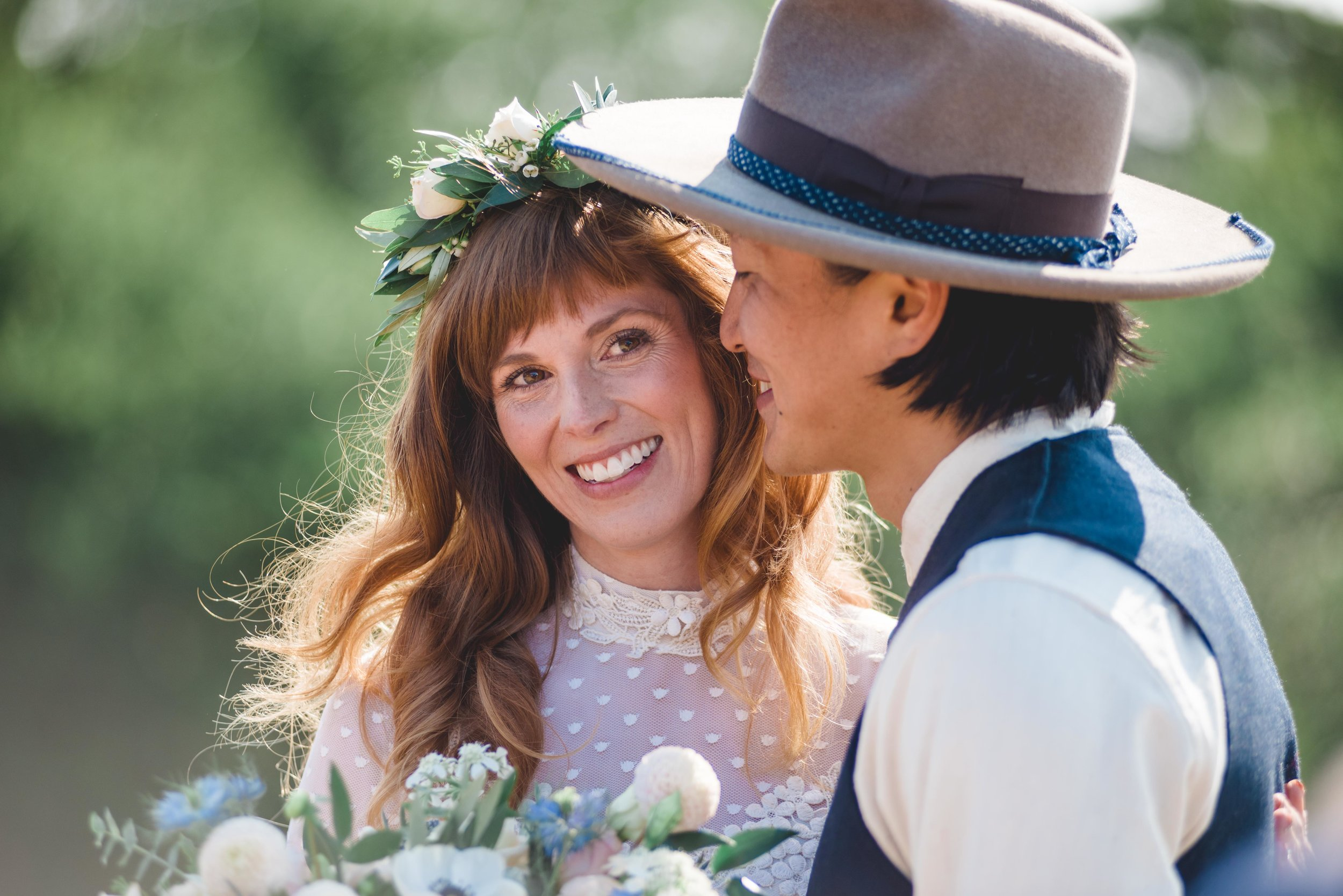 intimate-wedding-ceremony-sneaks_02.JPG