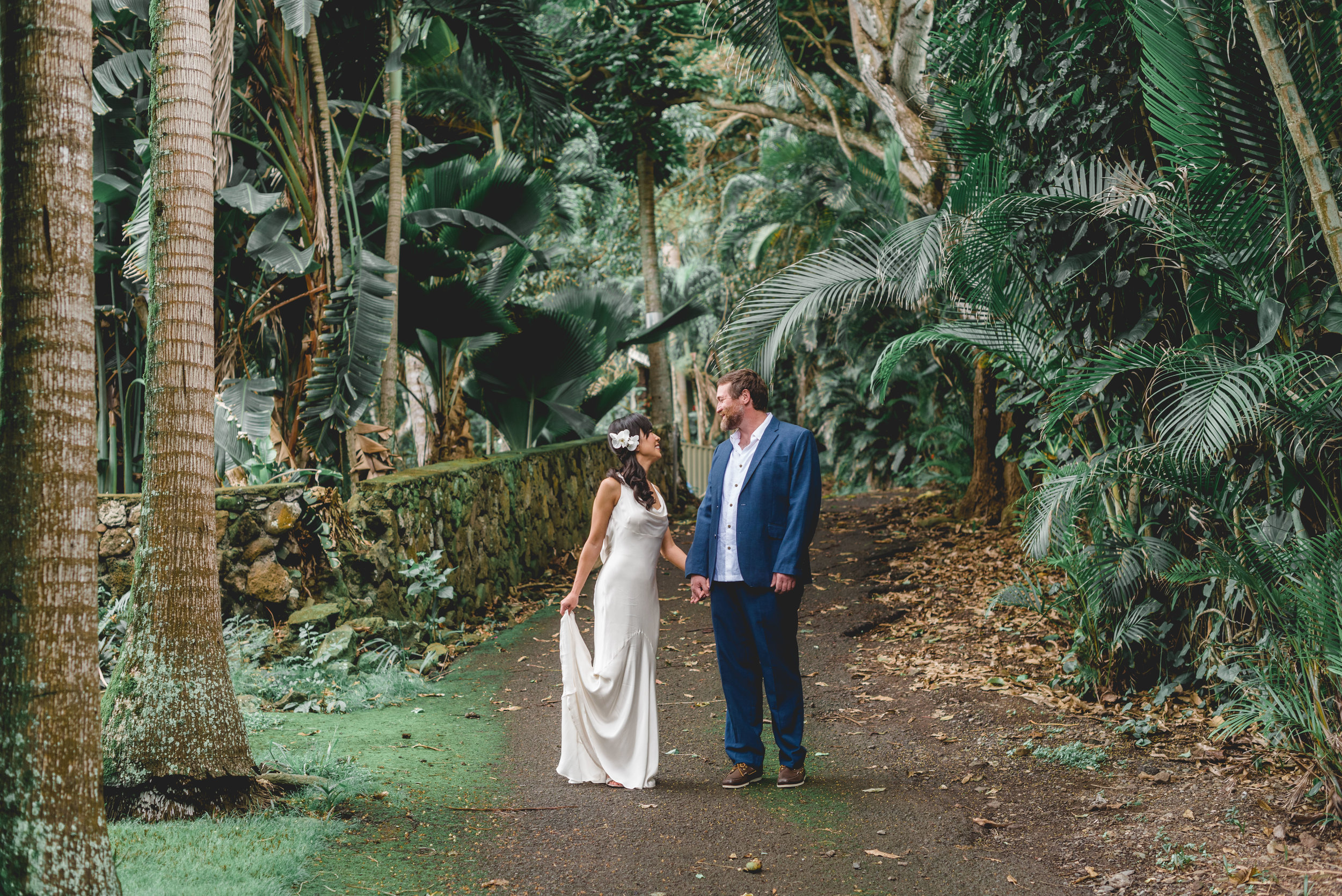 A Destination Wedding in Hawaii | One Photographer