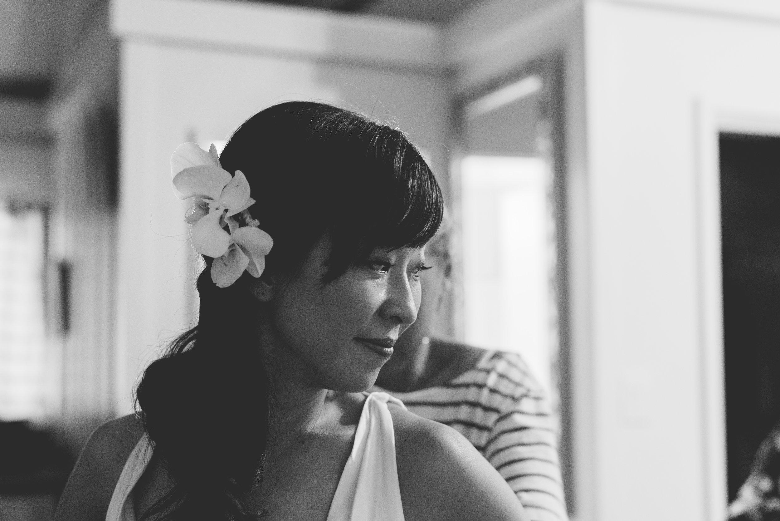 Oahu-Hawaii-Wedding-getting-ready-184.jpg