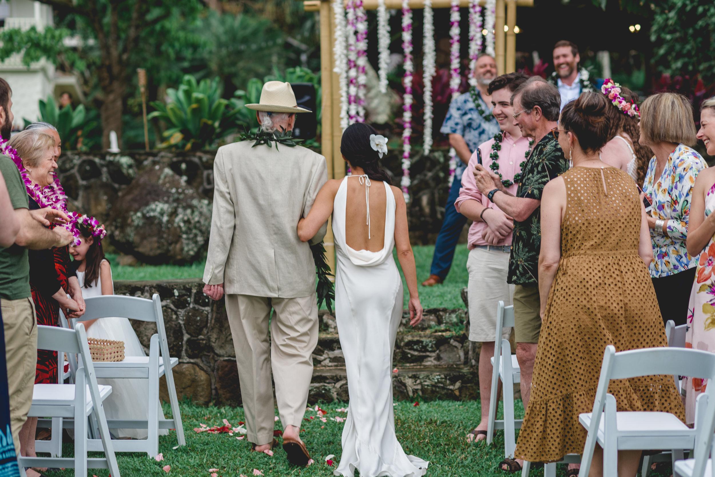 burns_deruntz-wedding-ceremony-52.jpg