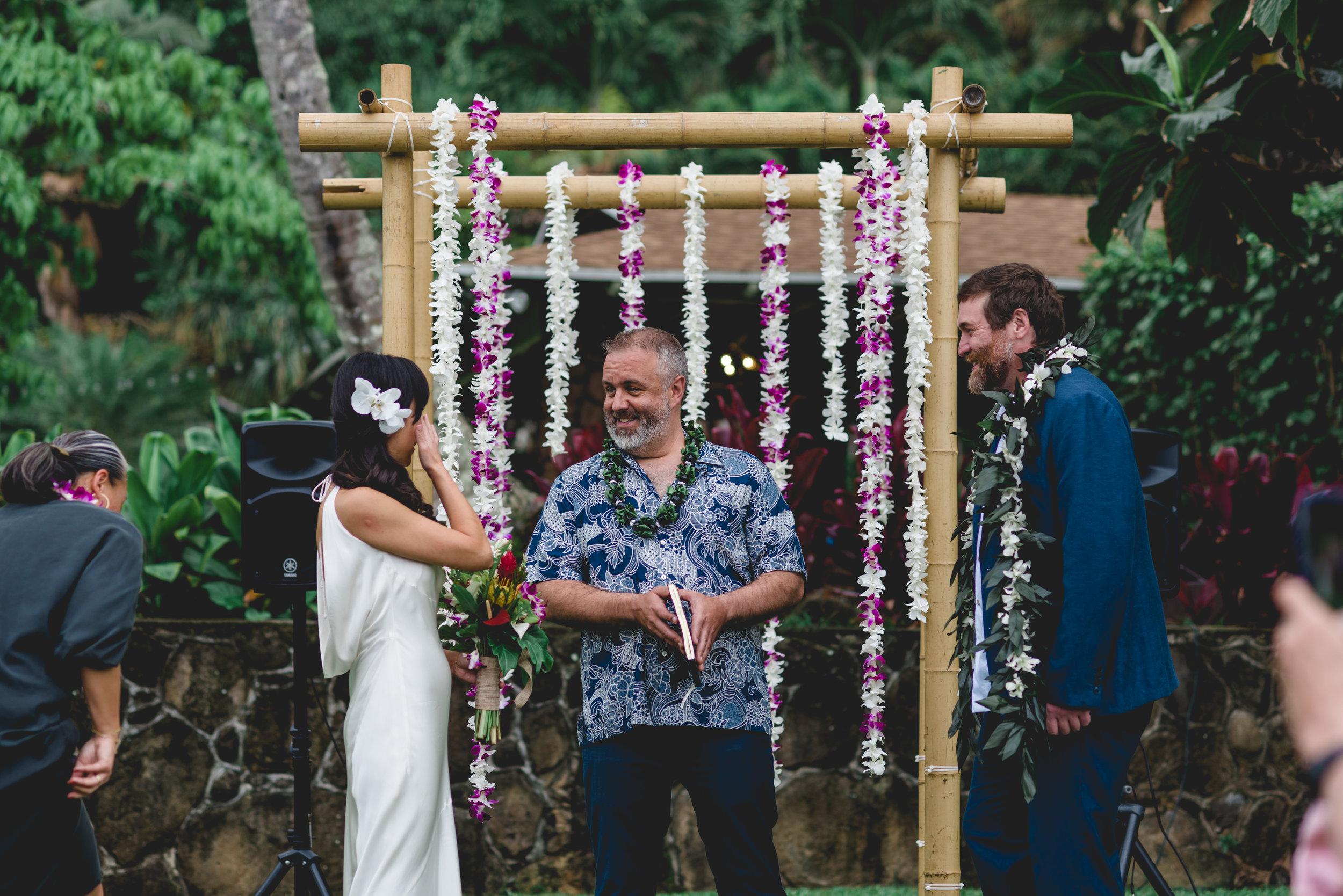 burns_deruntz-wedding-ceremony-60.jpg
