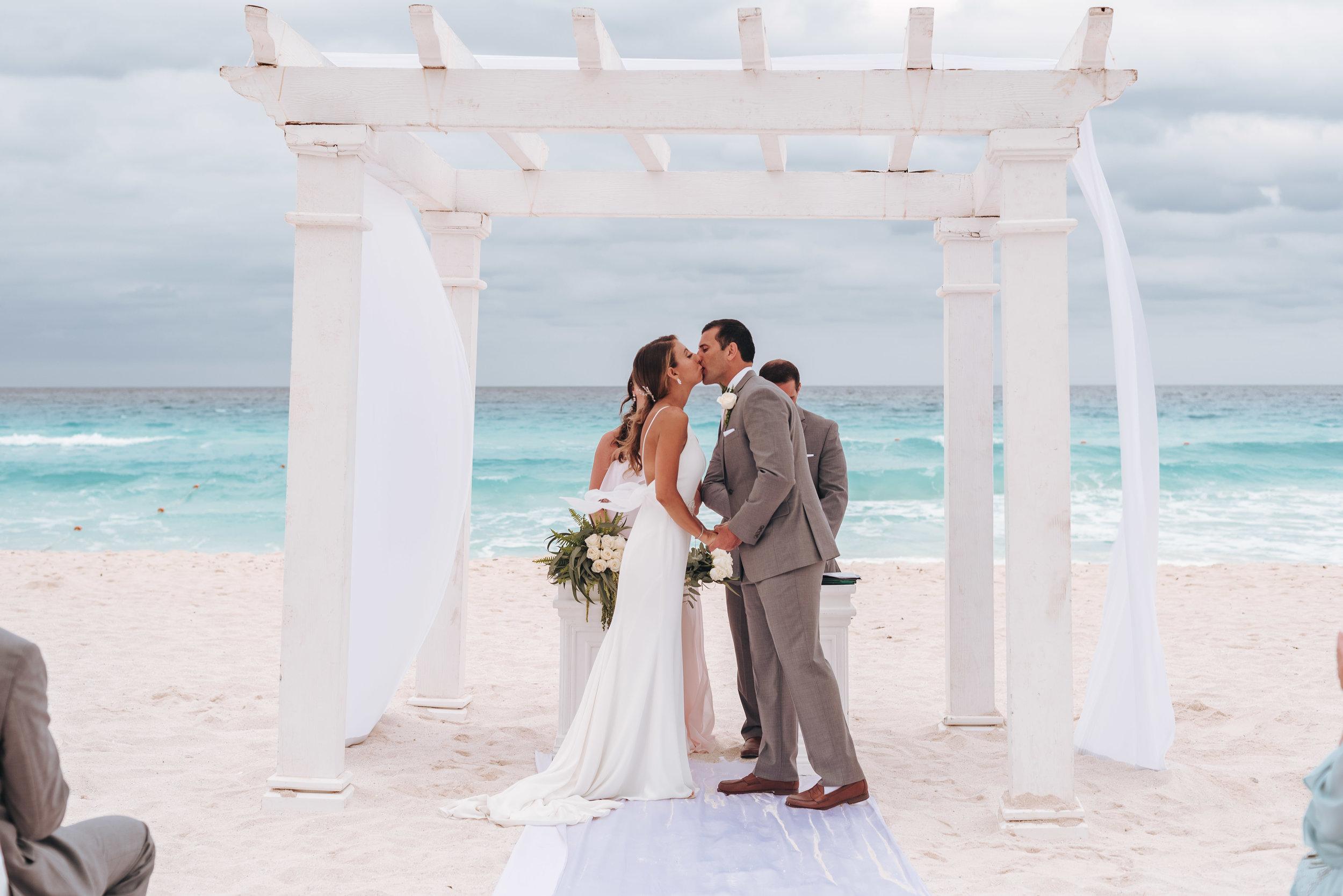 mexico_destination_wedding_ceremony-3.jpg
