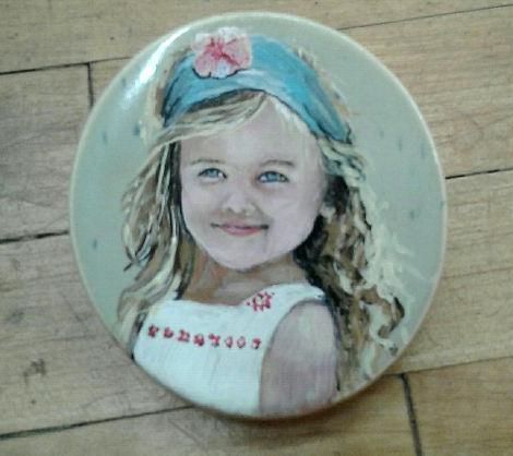 Girl Portrait on Urn Top