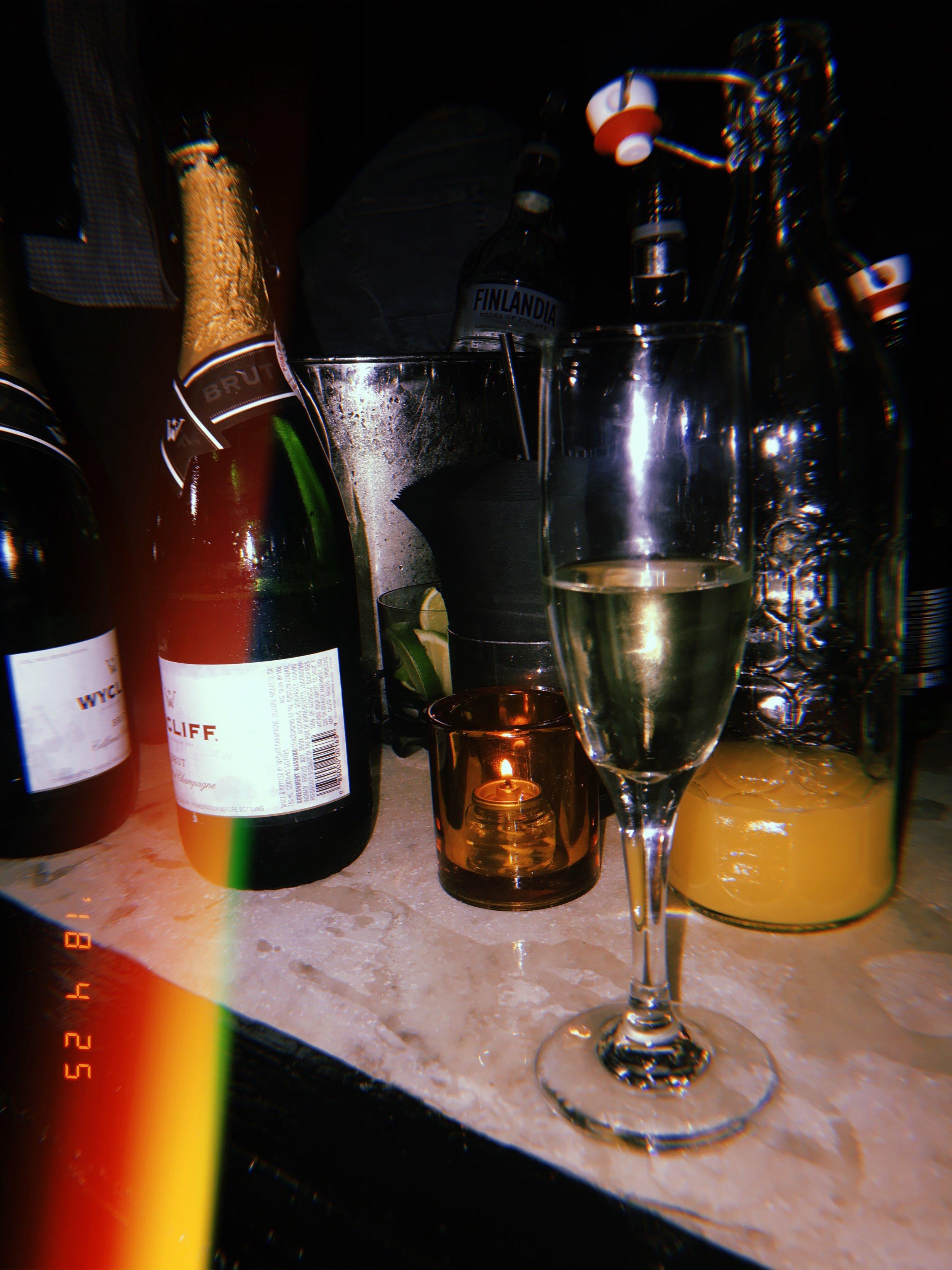Bottled Service - Up & Down Club - Manhattan, New York