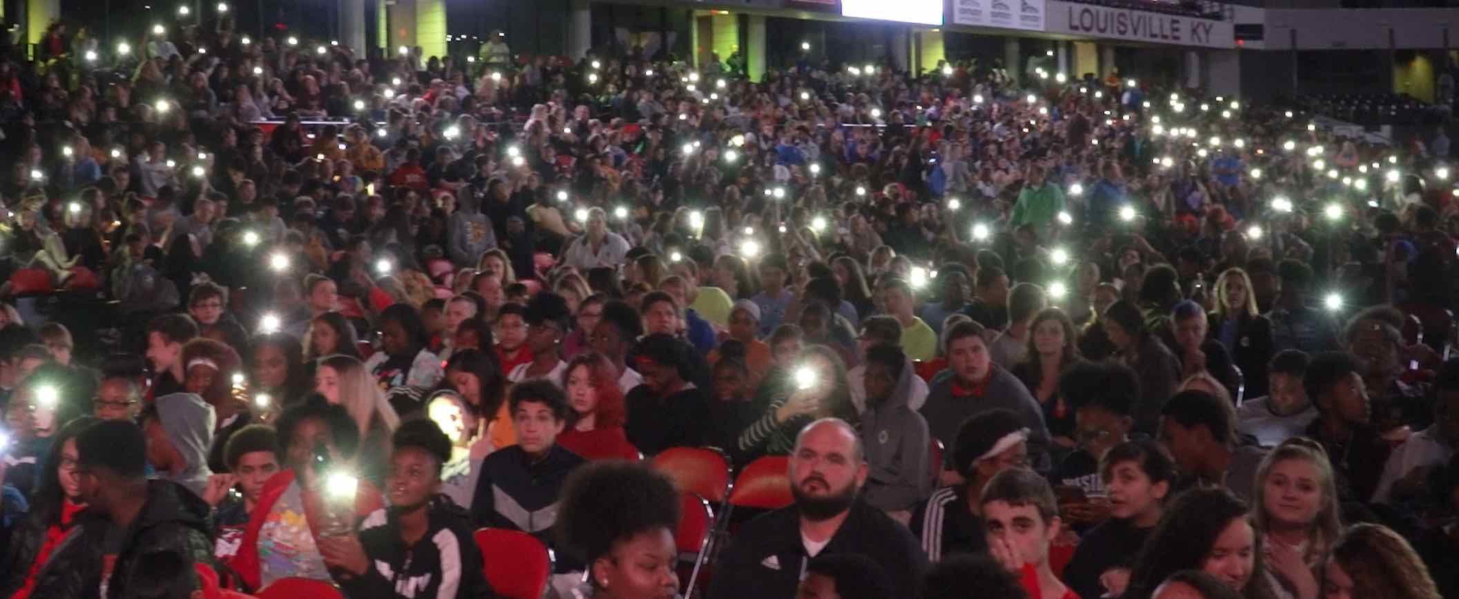 Crowd 10.jpeg