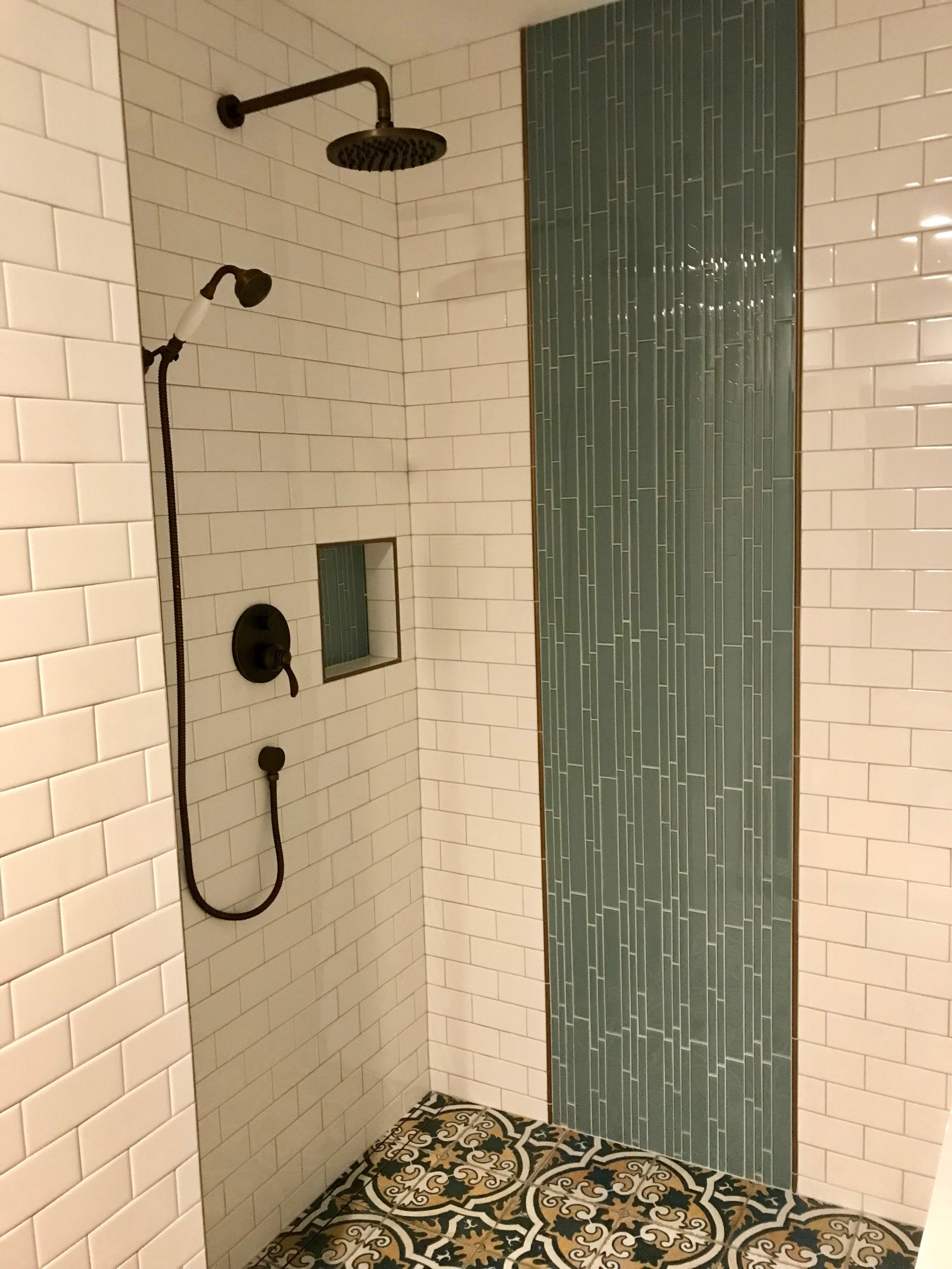 Batista Residence Bath 2.jpeg