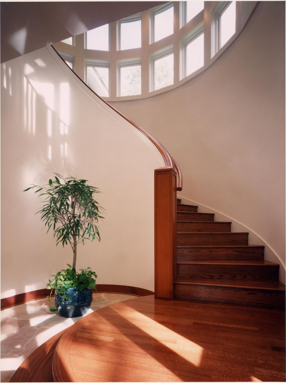 014 Alexander stair.jpg