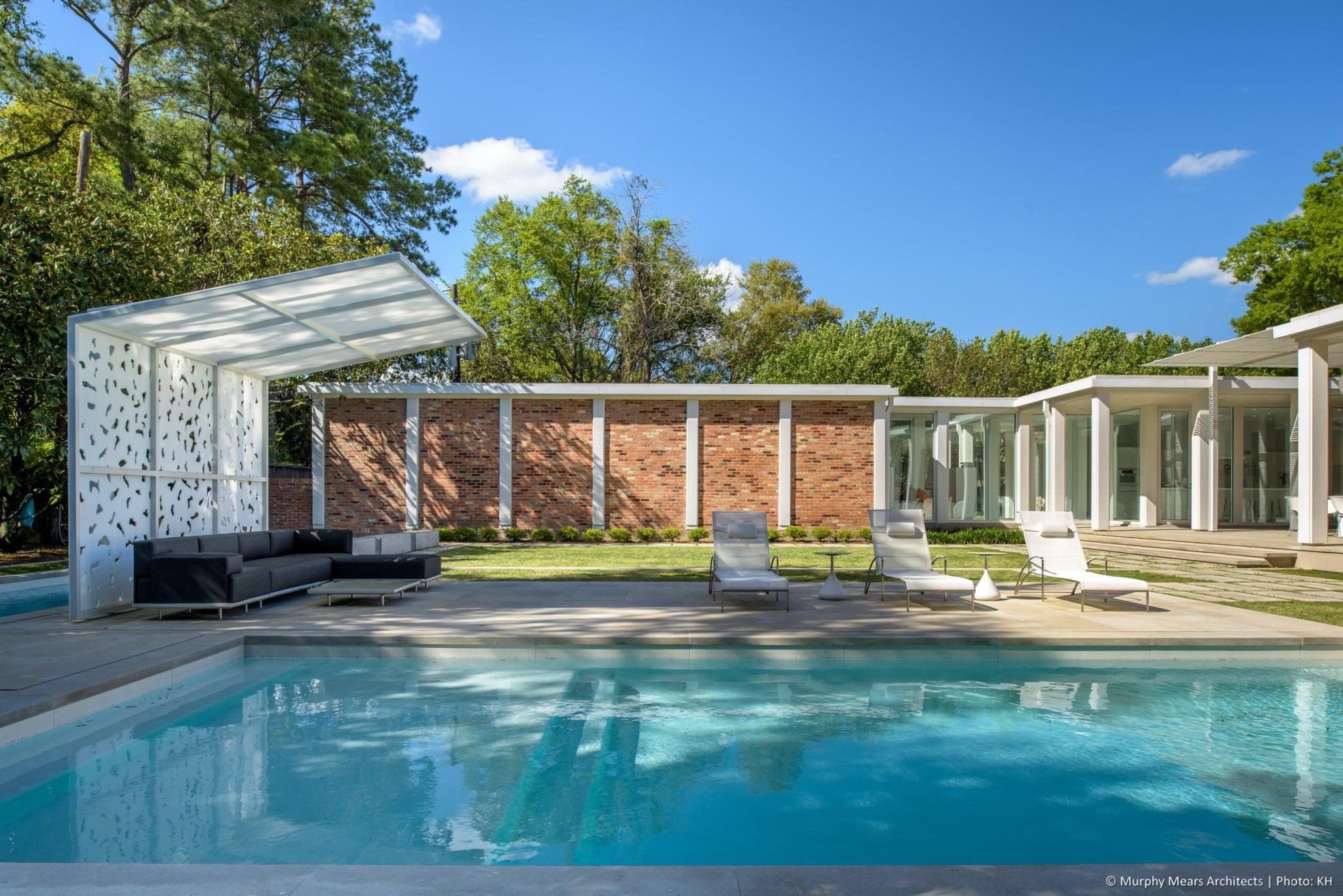 w-mid-century-modern-home-neuhaus-harwood-taylor-renovation-pool-porch-lawn.jpg