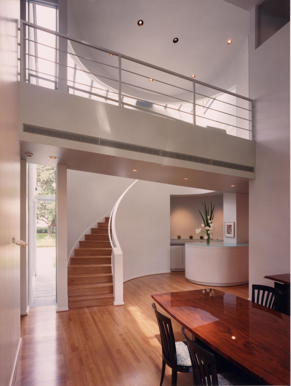 031 Johnson interior.jpg