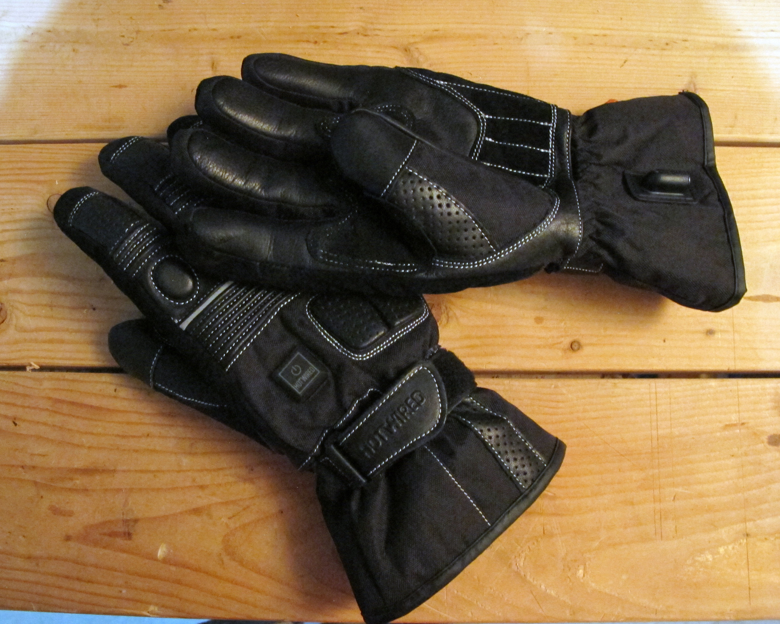 Heated Gloves.jpg