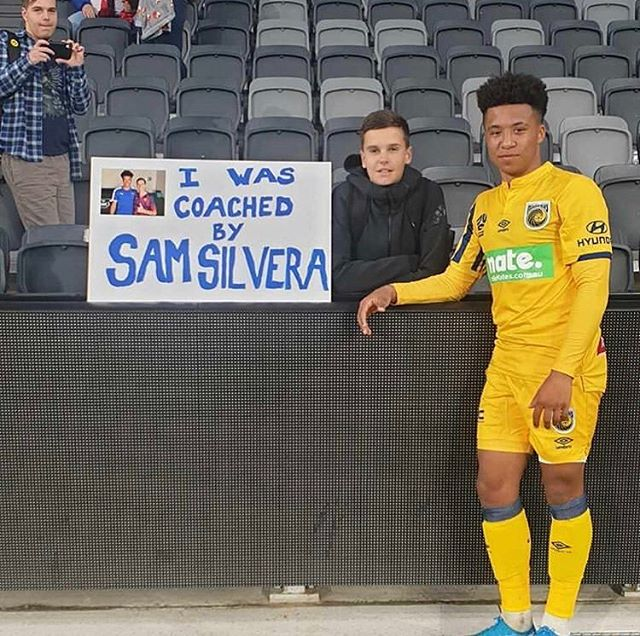 Proud of this kid. Massive congrats Sammy on the debut. Big things to come 👊  Nice poster @jet_robinson 😂😂😂 #firstphaseganggang