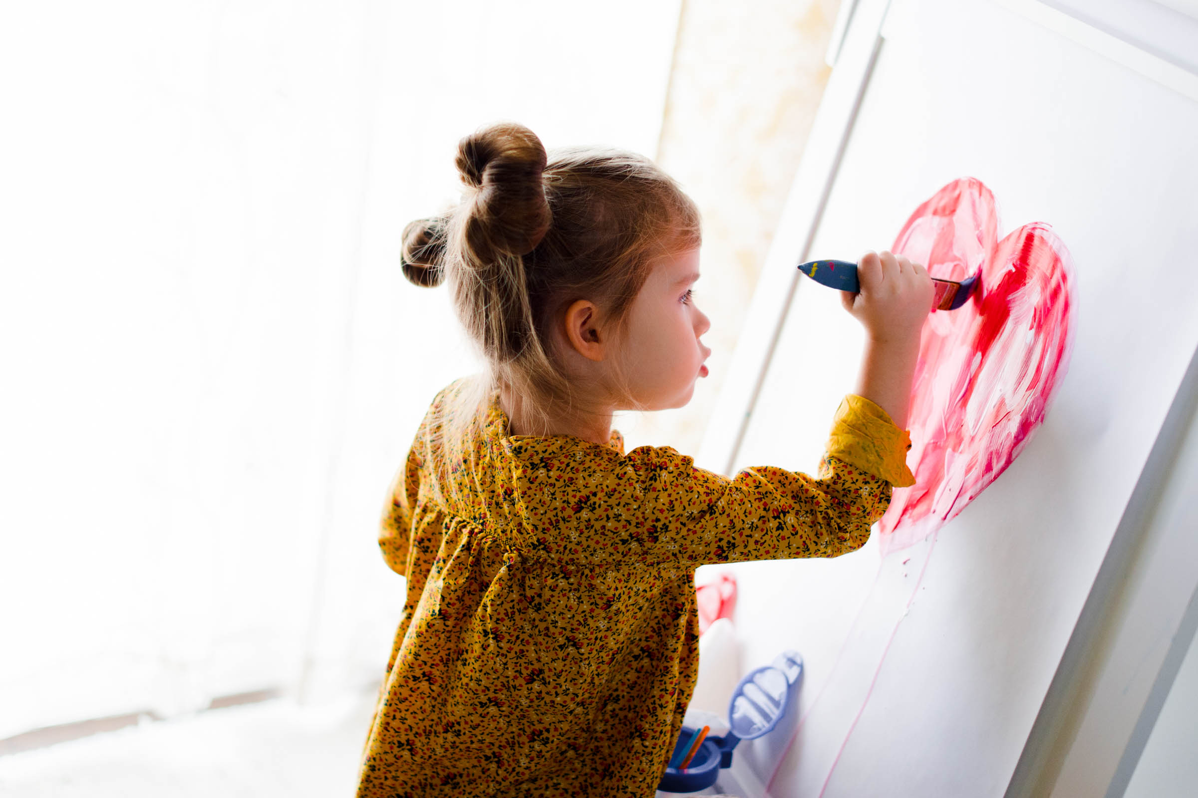 Kirsten-Smith-Photography-Valentine's-Day-Kids-Painting-4.jpg