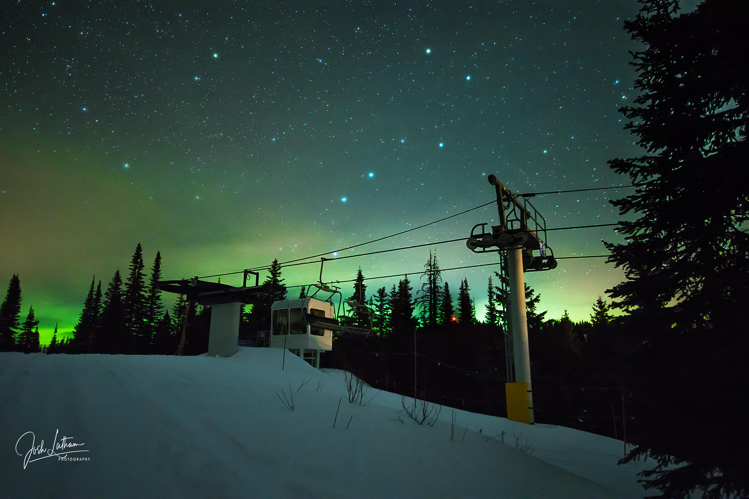 Silver Star Mountain during the Geminids meteor shower with some beautiful northern lights