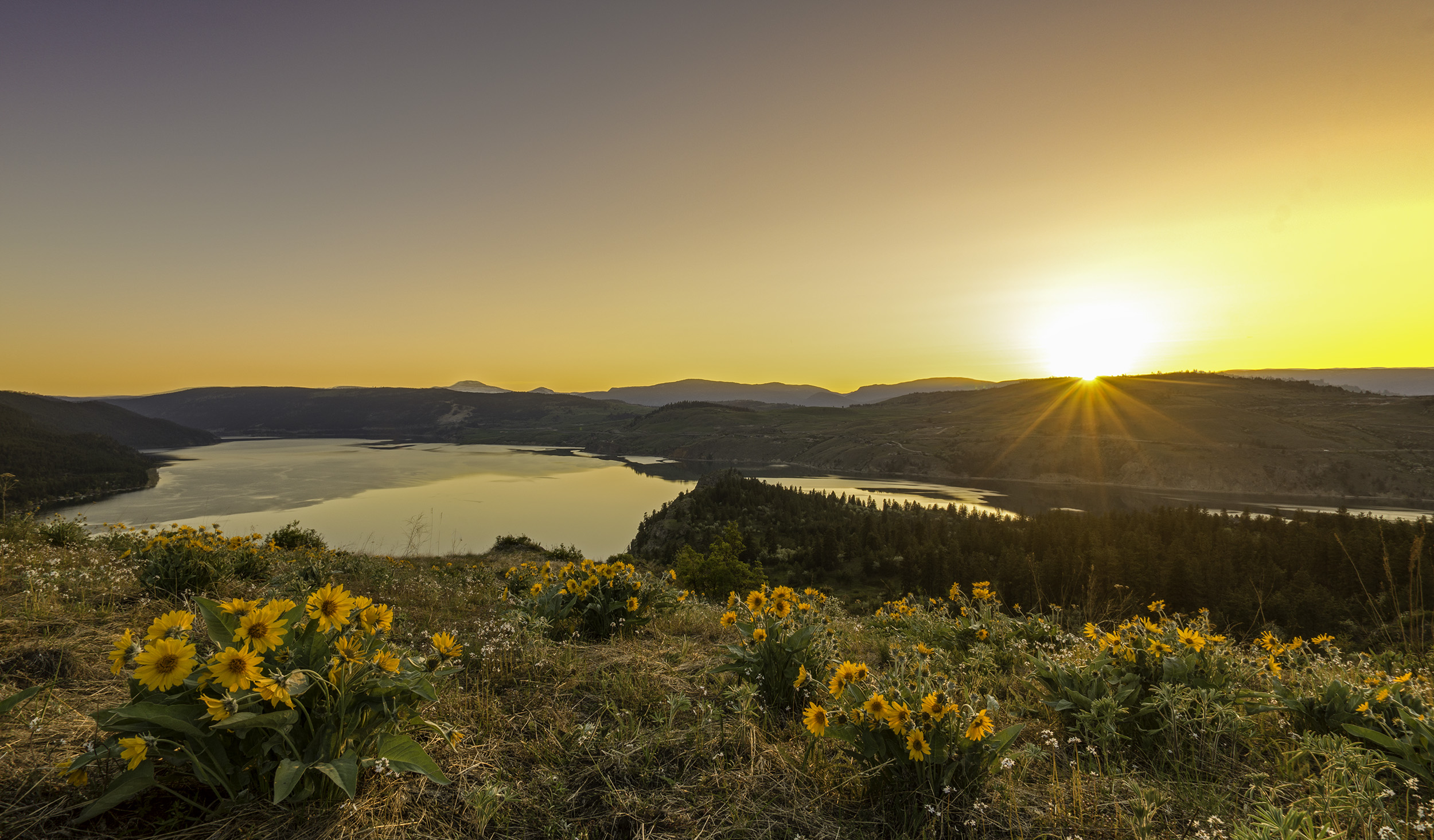 Spring Sunset at Kalamalka Lake, BC, Canada