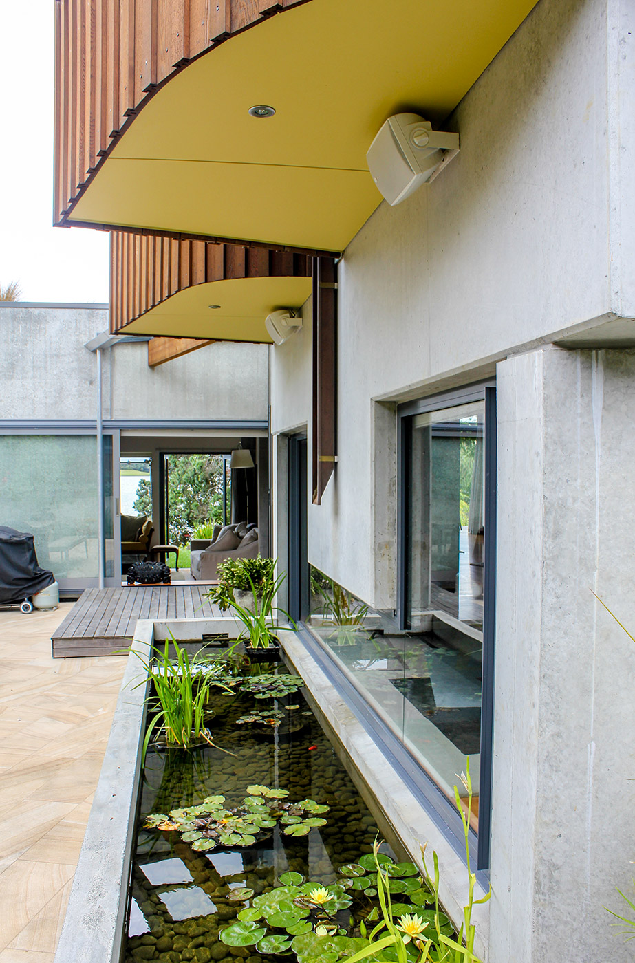 Lake Pupuke House, Takapuna Mitchell & Stout architects 4.jpg