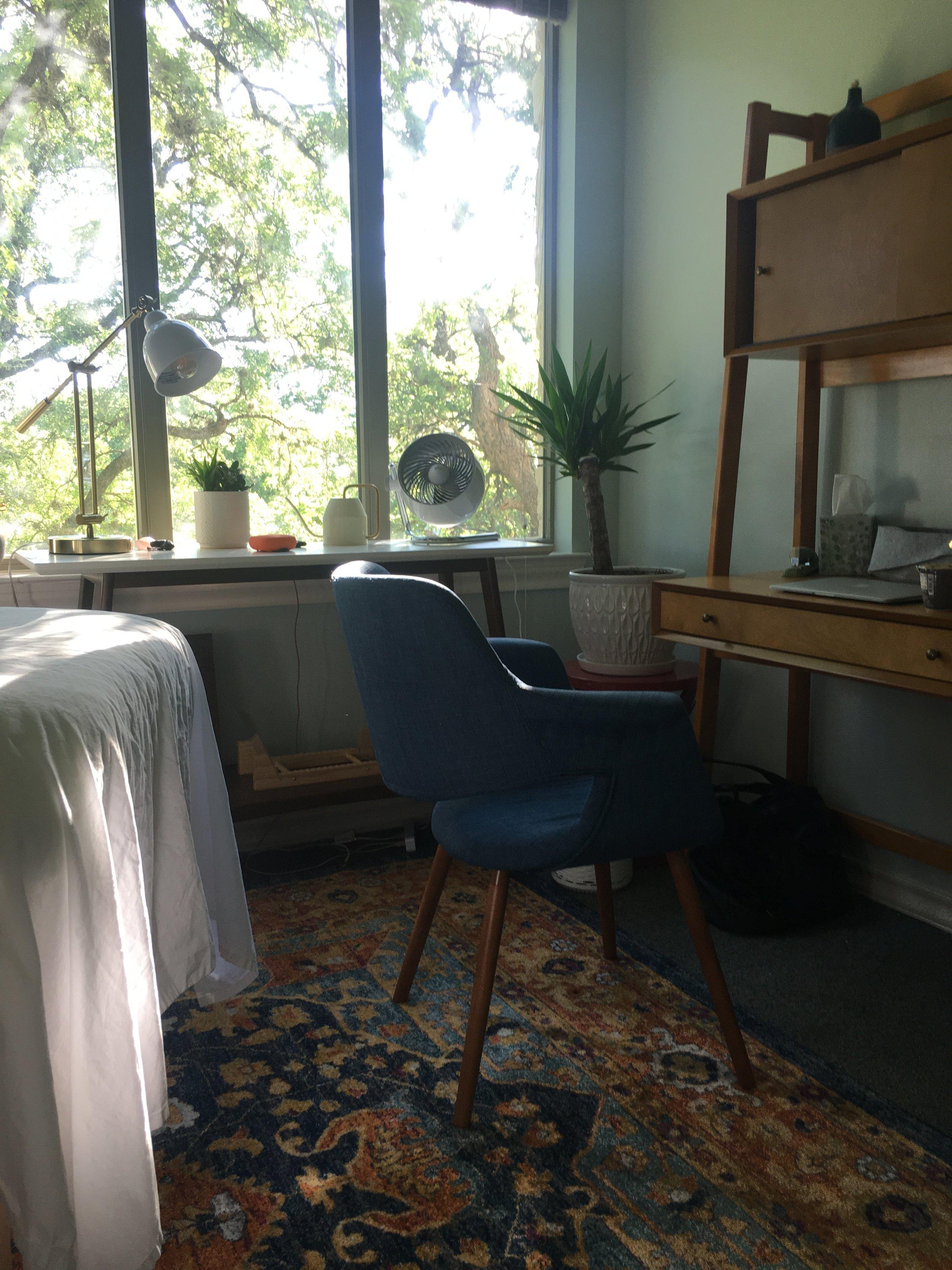 desk 2.0 IMG_1797.JPG