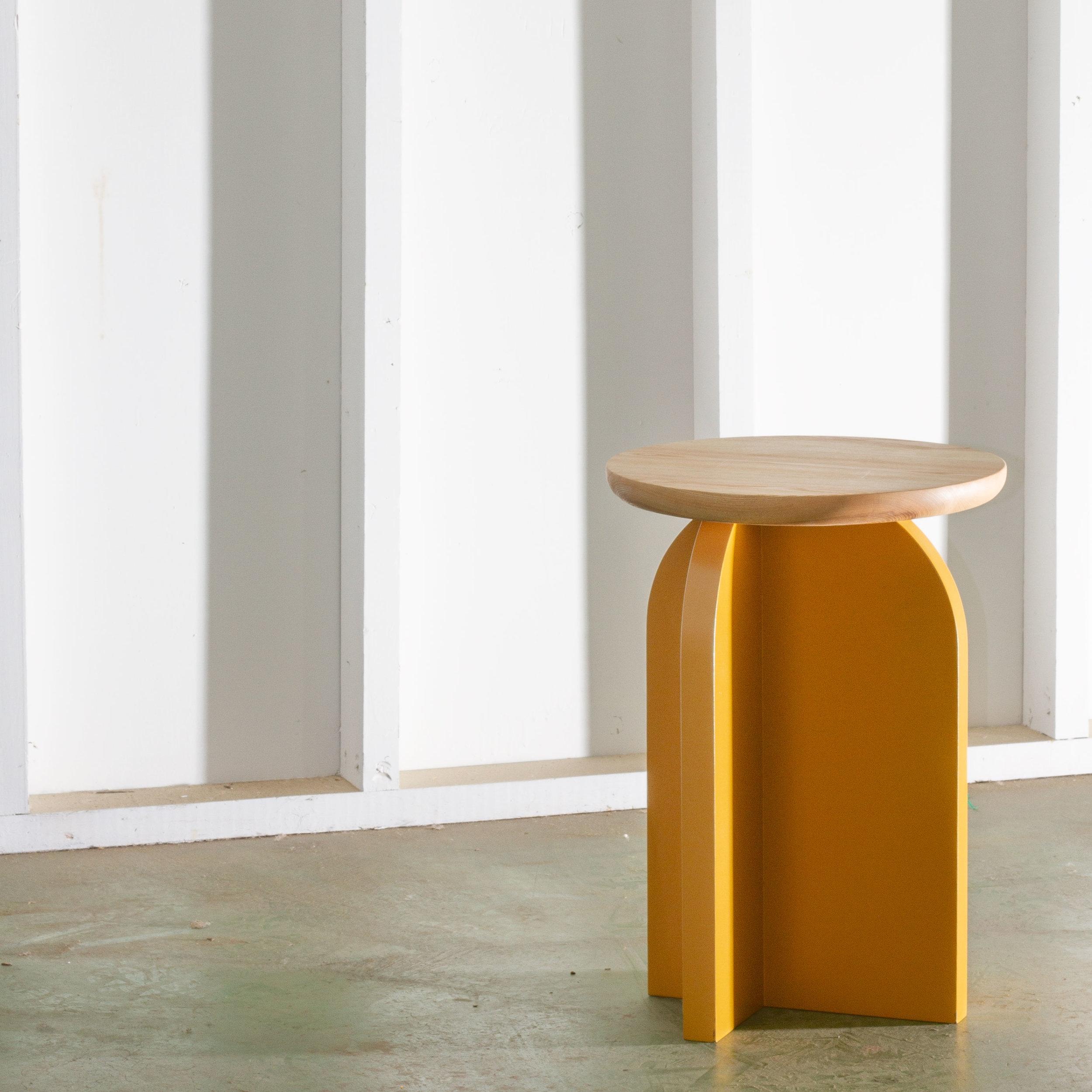 CLOVERDALE SIDE TABLE