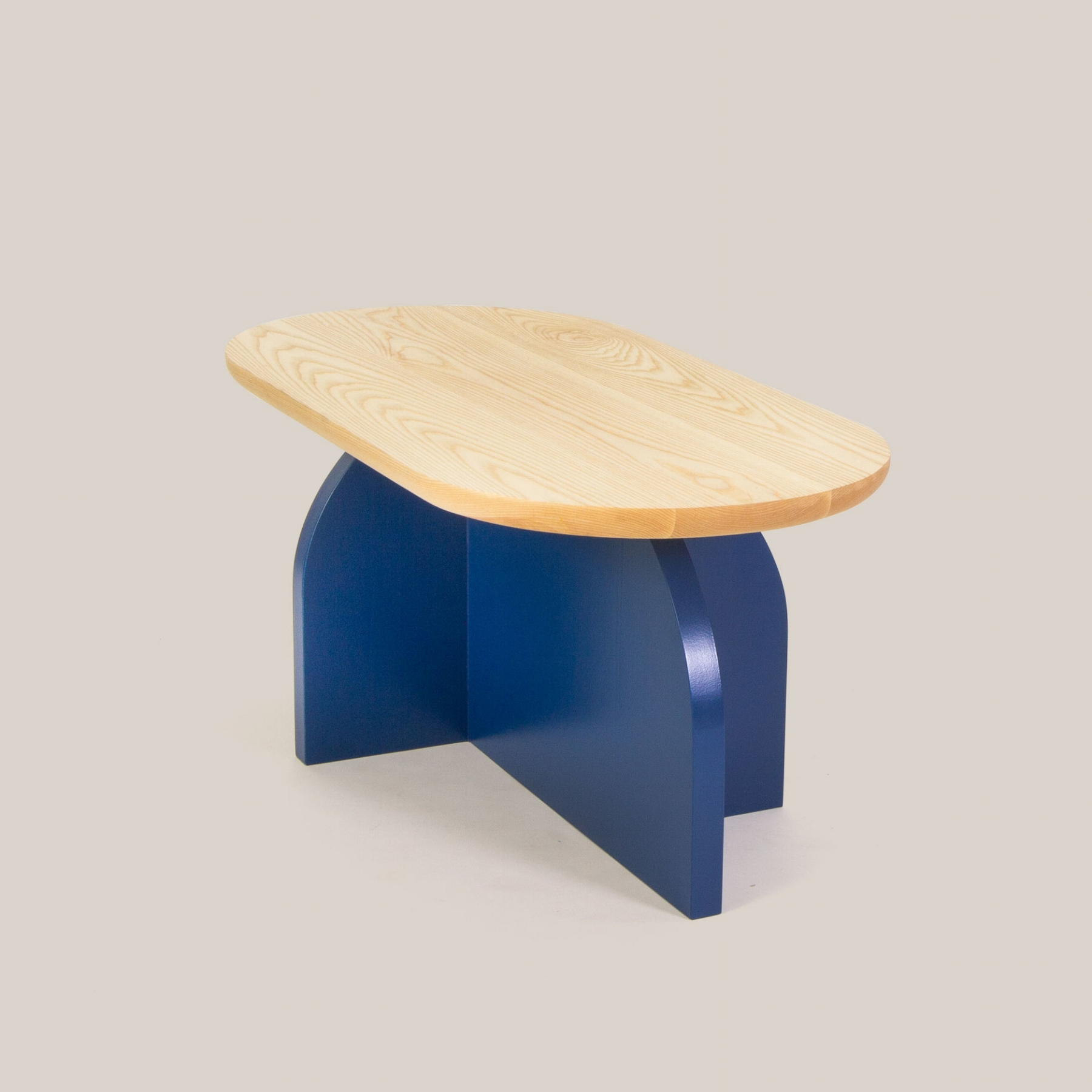 CLOVERDALE COFFEE TABLE