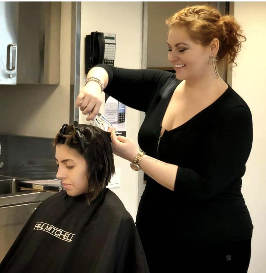 Danielle - Hairstylist & Makeup Artist