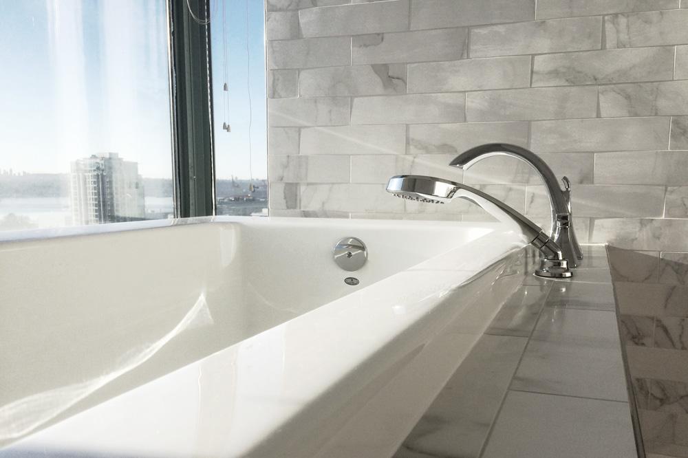 Lonsdale-Bathroom-Cover.jpg