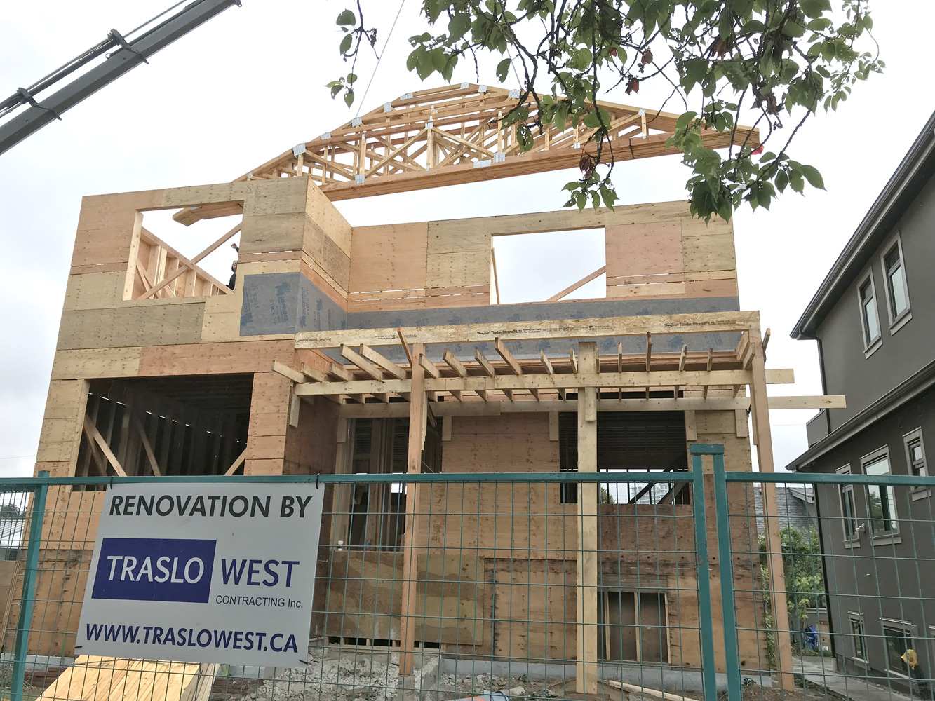vancouver-general-contractor-Truss-2.jpg