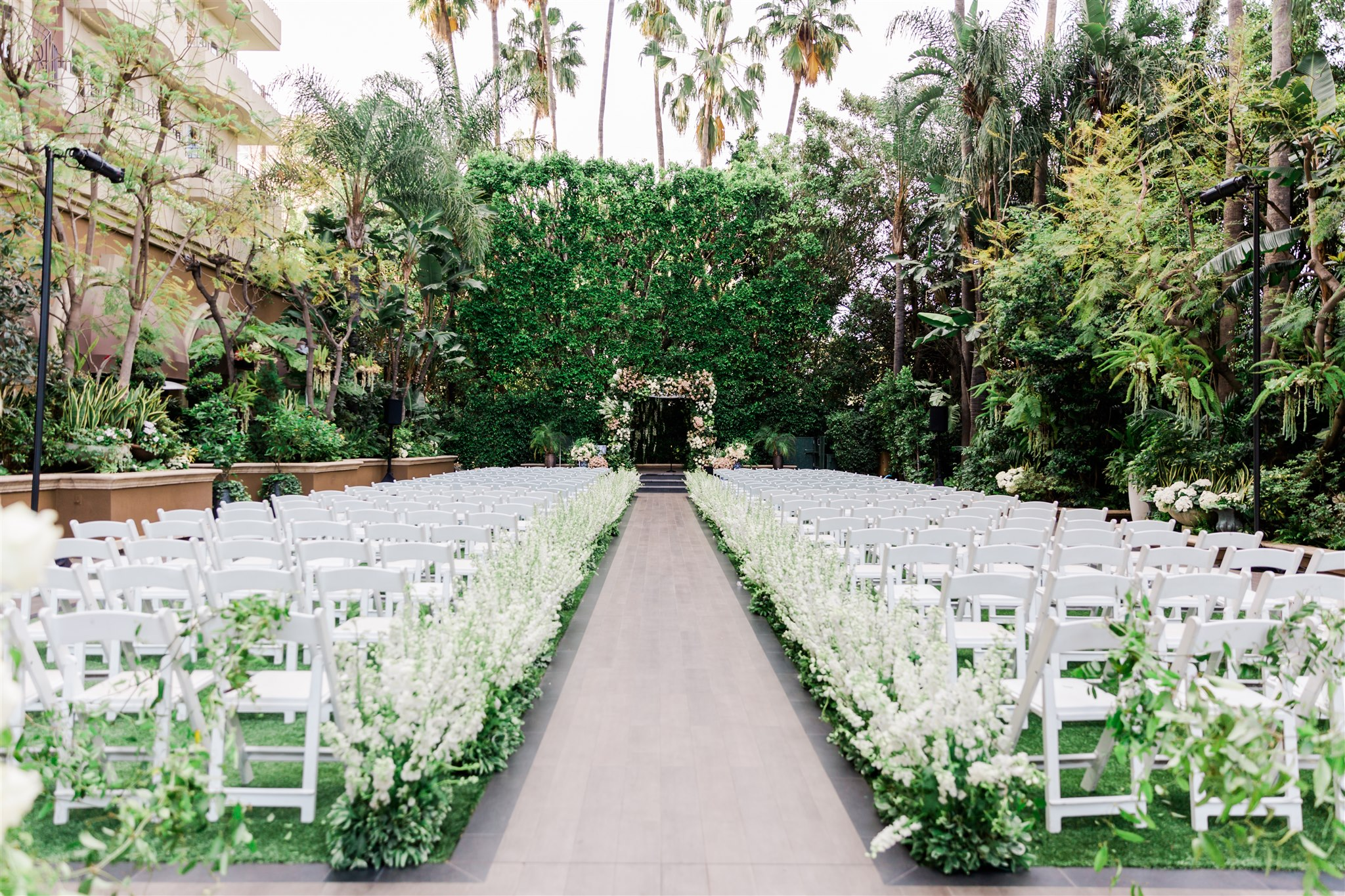 Four Seasons Beverly Hills Wedding-Valorie Darling Photography_020B0224.jpg