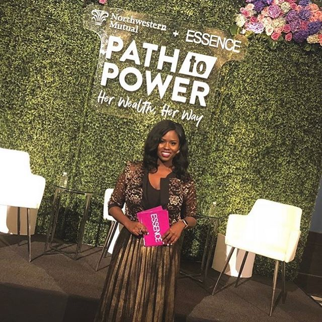 Join ESSENCE editor, Charreah Jackson (@charreah) as she hosts the Path to Power panel on November 8th 6-9PM. . Link to RSVP in bio. . . . 📷: @charreah #event #essence #essencemagazine #flower #panel #conversation #dicussion #blackgirlmagic