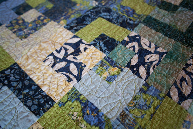 Handmade Quilt Donated to Hospice Maui