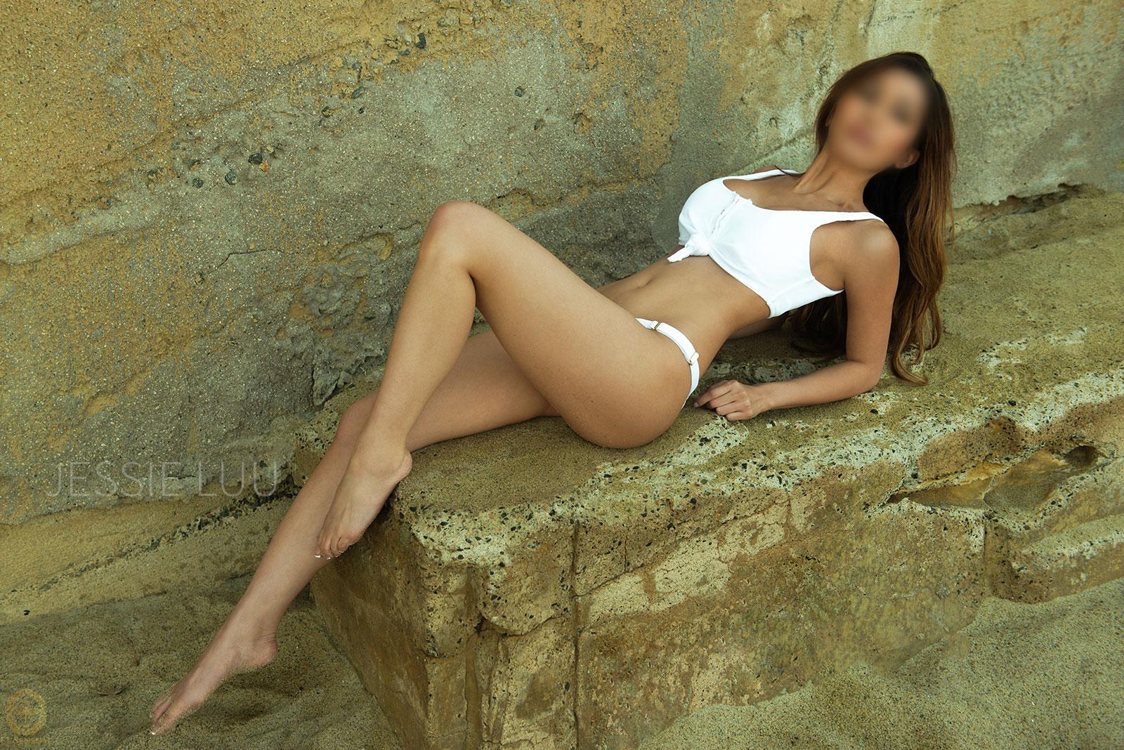 los-angeles-escort-model.jpg