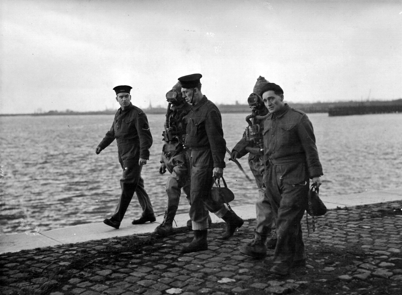 'P' Party divers at Antwerp in October 1944