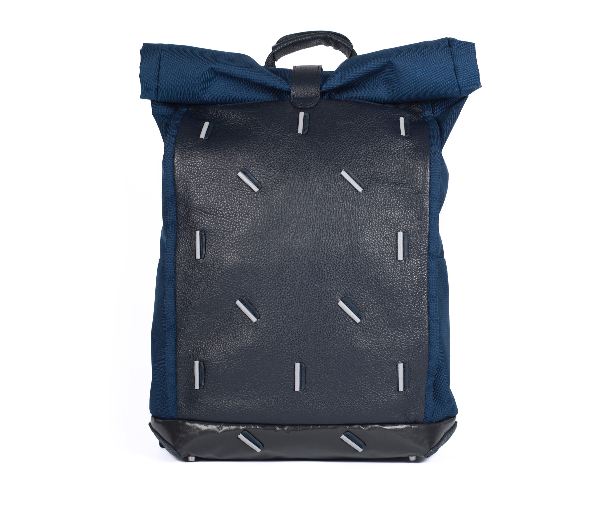 leather backpack bag with reflective details | Maxime