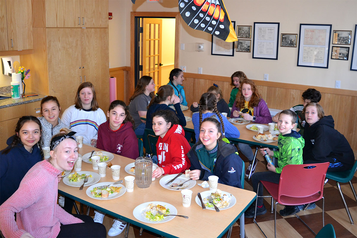 We were thrilled to have the musicians stick around to join us for lunch.