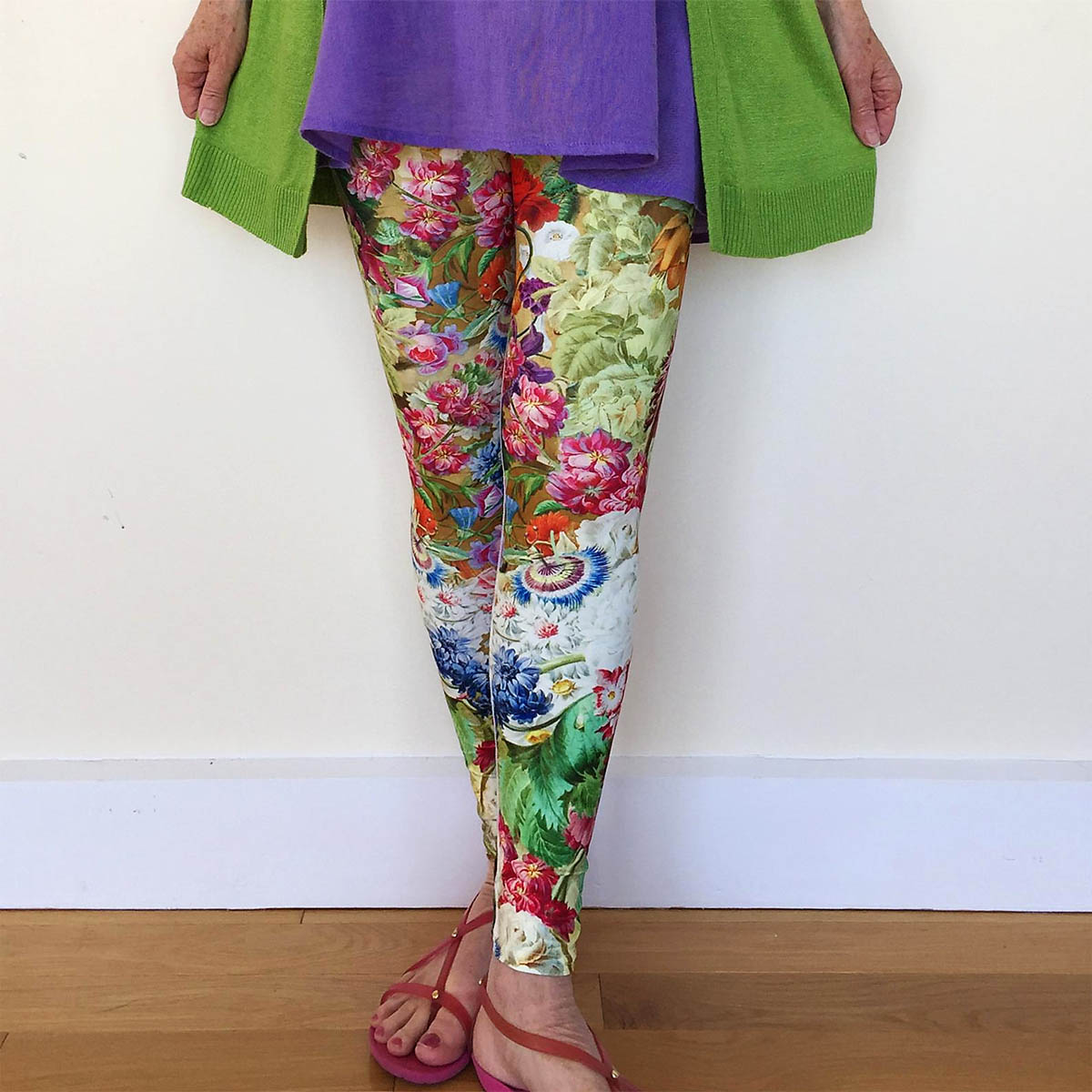 "Rose+Gaia Art Leggings - Rose + Gaia makes ""art that moves,"" with a wide selection of artistic print leggings for yoga and everyday life. Made in the USA, these colorful leggings will be your go-to pant for yoga and more. Winning bidder will have a selection of prints and sizes to choose from, with two pairs available in our auction. Find out more at www.roseandgaia.etsy.comRetail Value: $65.00"