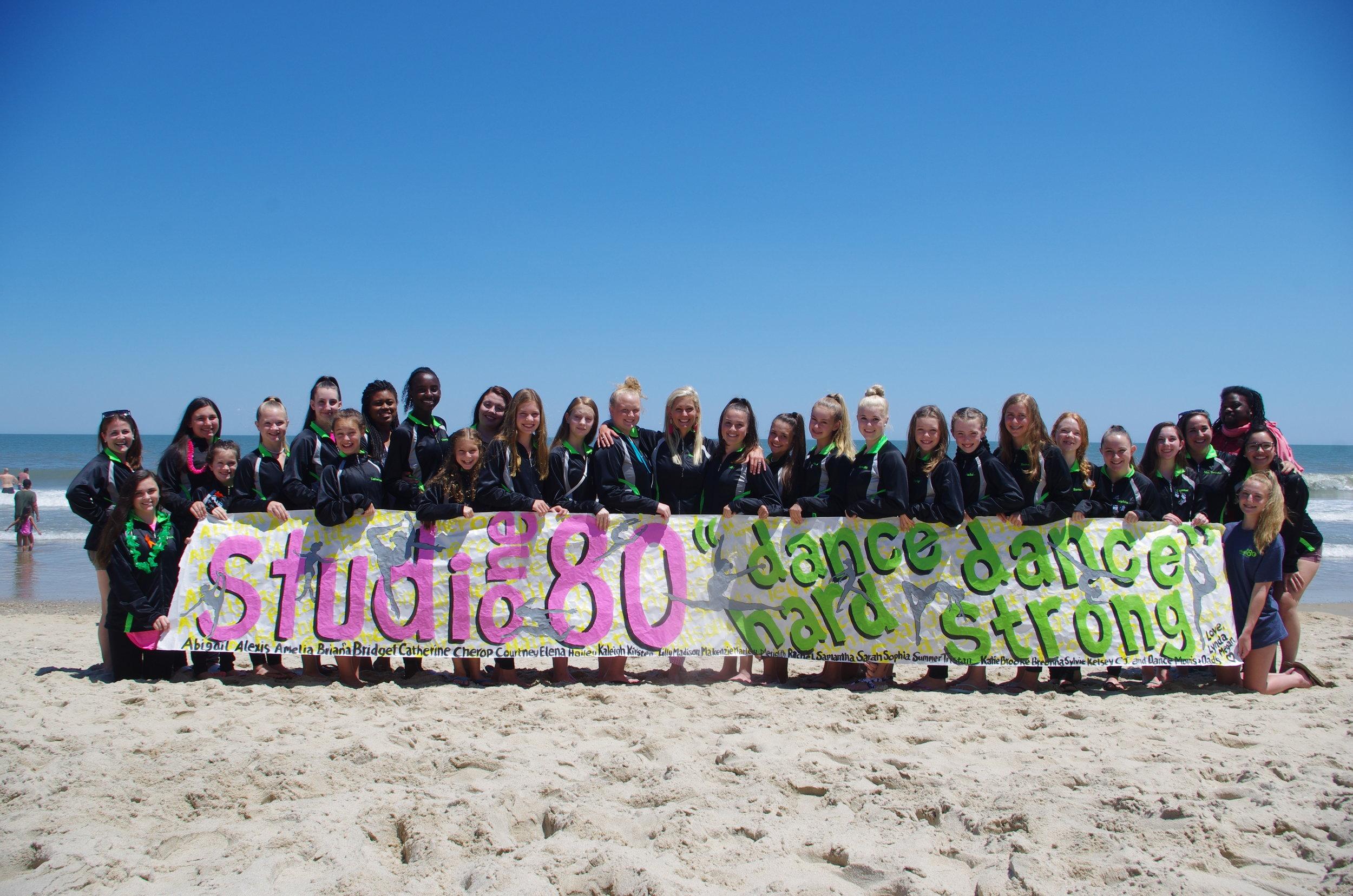 2018 Nationals Team Beach Picture.JPG