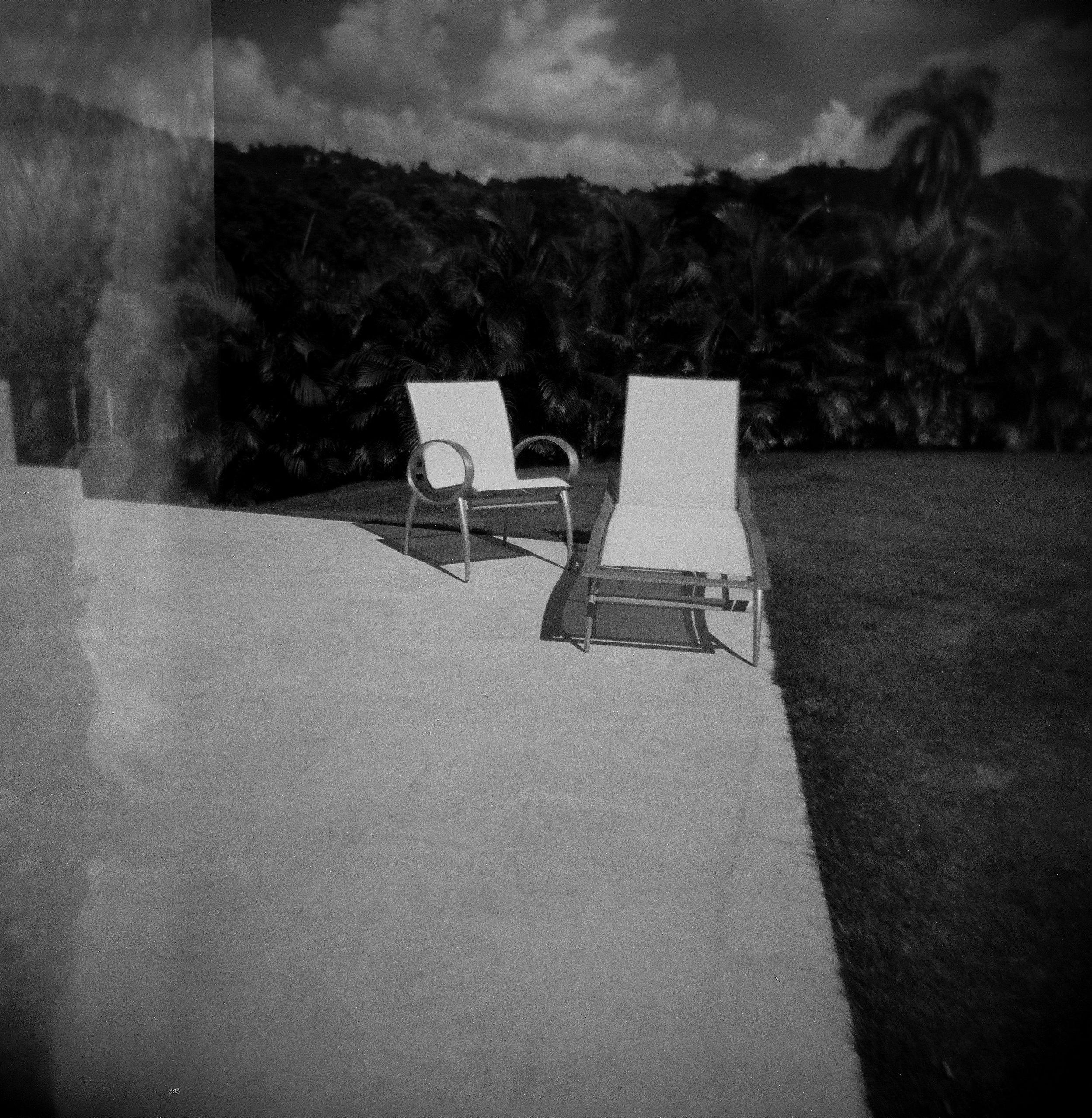 lounge chairs.jpg