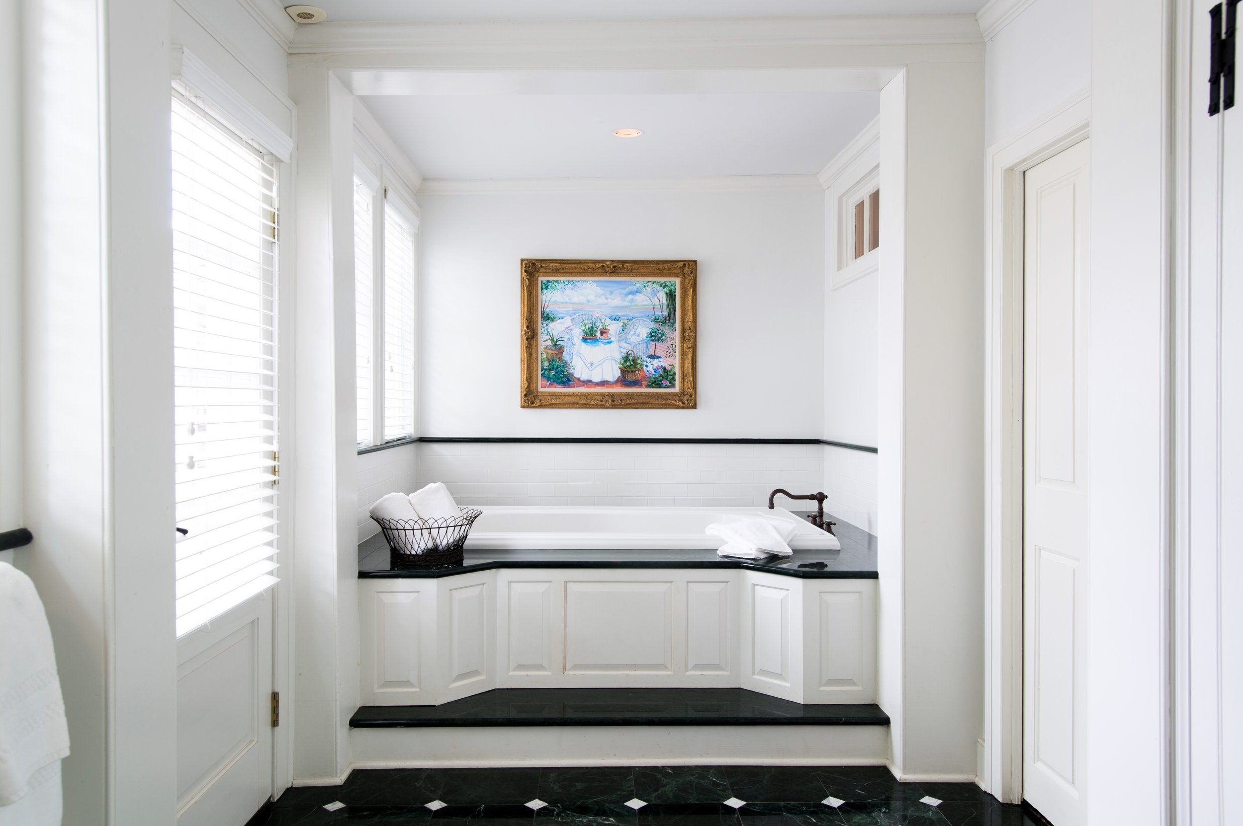 Copy of Hadley Suite Bathroom - Winvian Farm.jpg