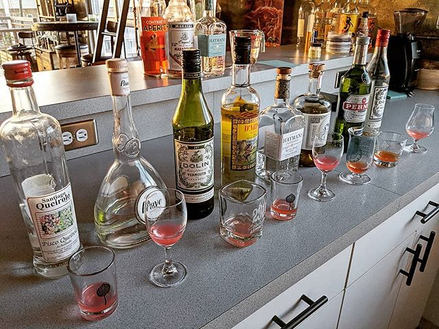 🤓 Testing flavor combinations. What spirits pair the best with strawberries? 🤔 #quantumofsolace #strawberryfields