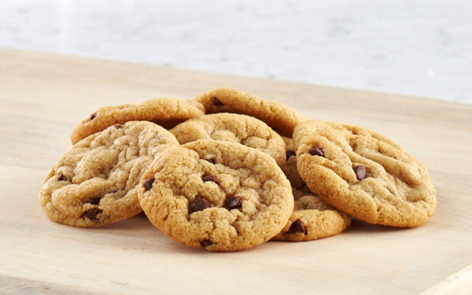 loves-oven-chocolate-chip-cookies-960x600.jpg