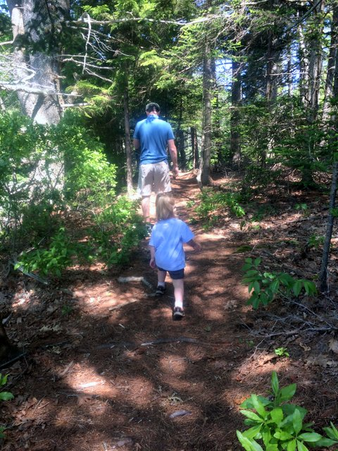 20160625_WidgeonCove_Bobby&Phoebe_hiking_1.JPG