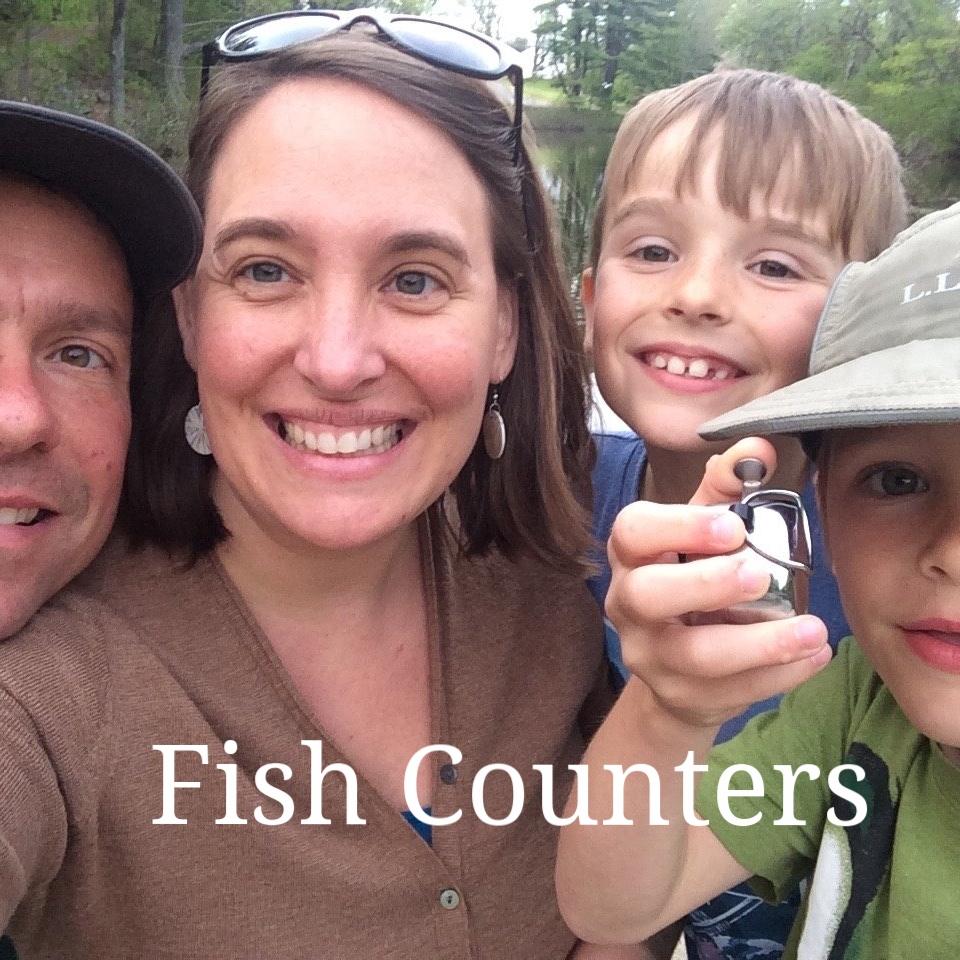 Kelsie Daigle Tardif_fish counting family.jpg