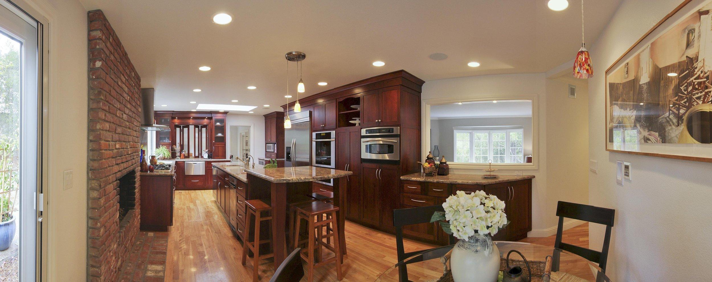 Kitchen (panorama).JPG