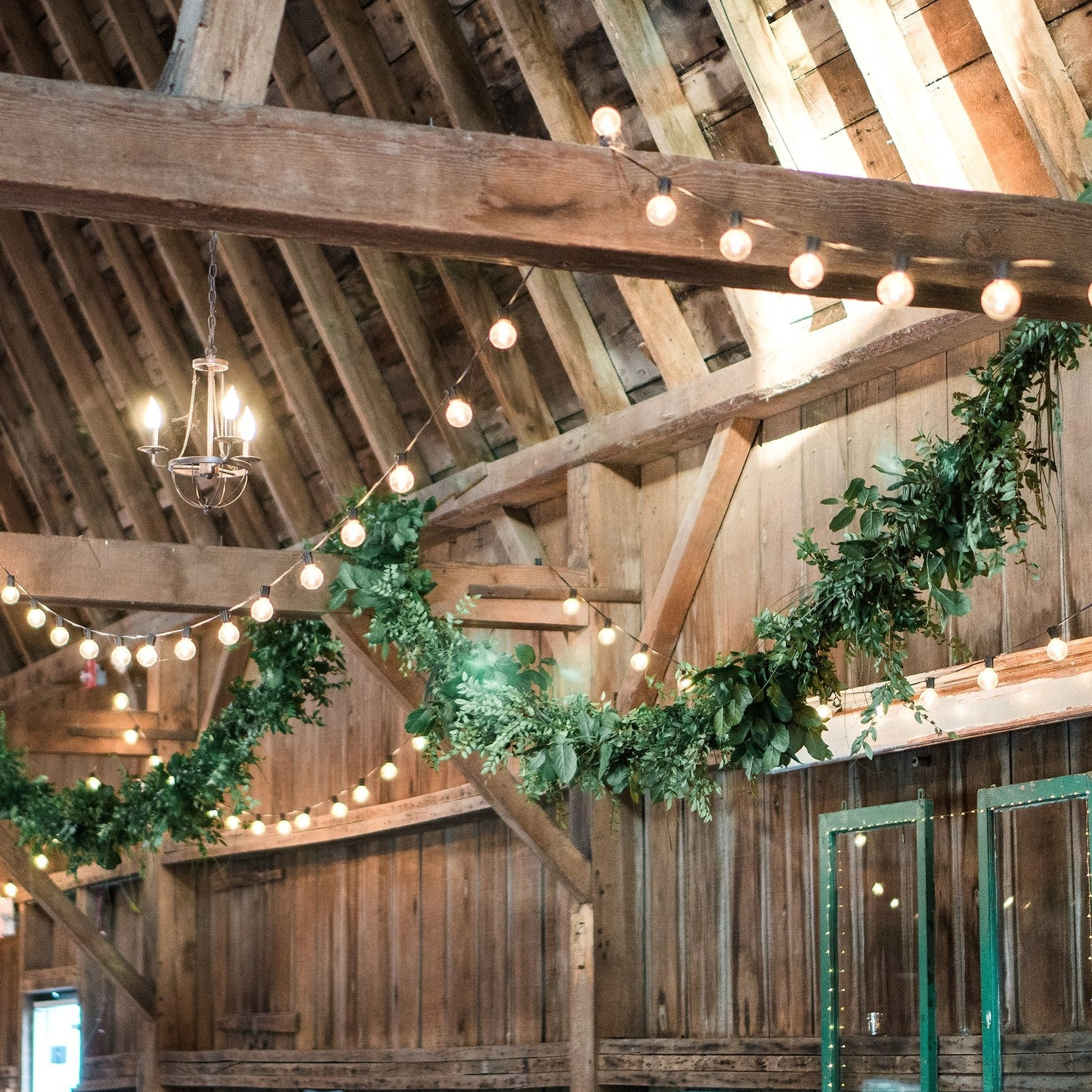 Ceiling Garland Decor Services