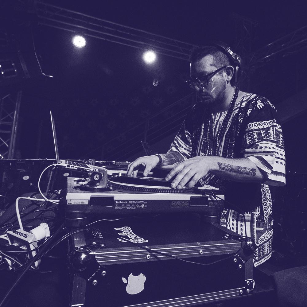 DJ MIC   12 JULIO