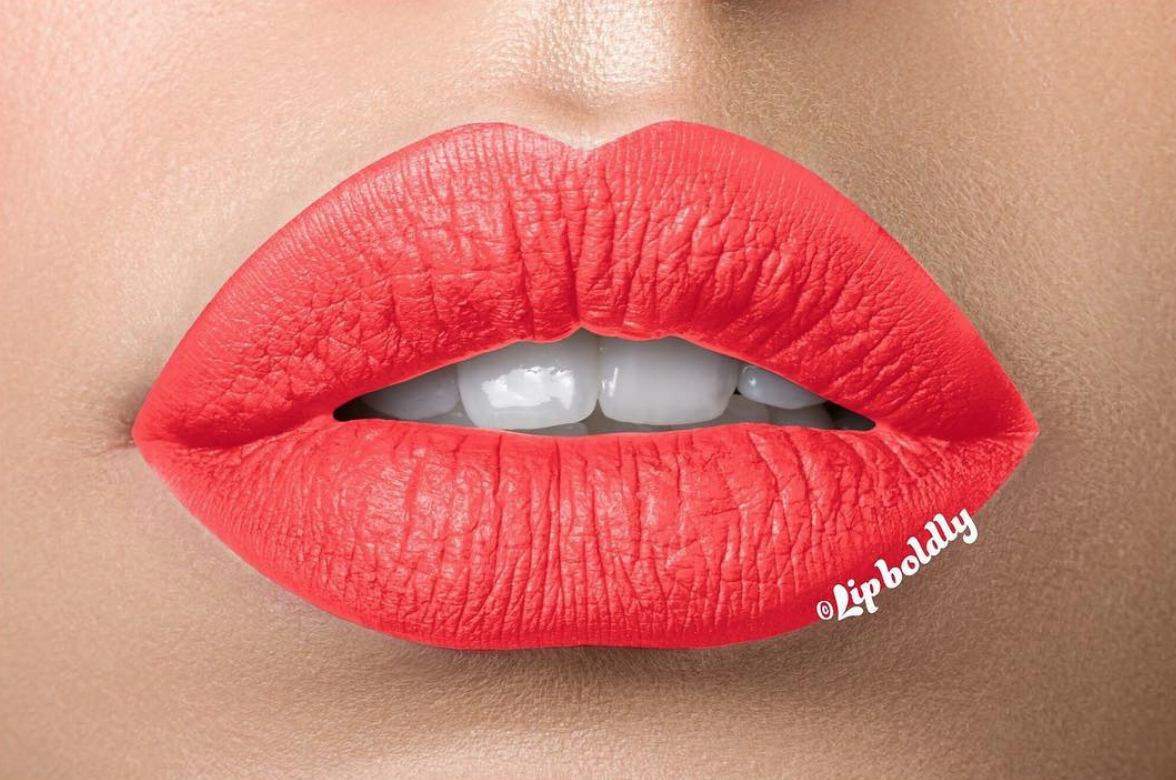 beauty-trends-bold-lip-lipboldly.png