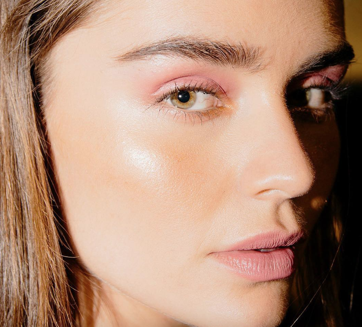 beauty-trends-barely-there-colour-byrdiebeauty.png